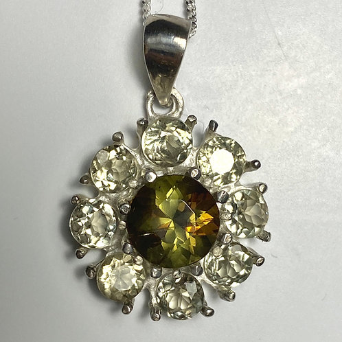 2.3ct Natural Bi-colour Andalusite & diaspore Silver / Gold / Platinum pendant