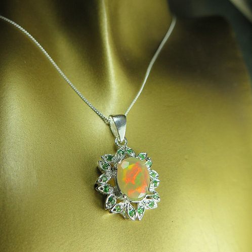 1.25cts Natural Welo Opal Silver / Gold / Platinum pendant on chain