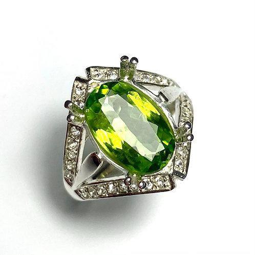 3.35ct Natural Peridot 925 Silver / Gold/ Platinum ring