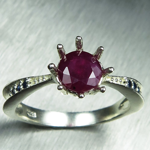 1.3cts Natural Ruby 925 Silver / Gold/ Platinum ring