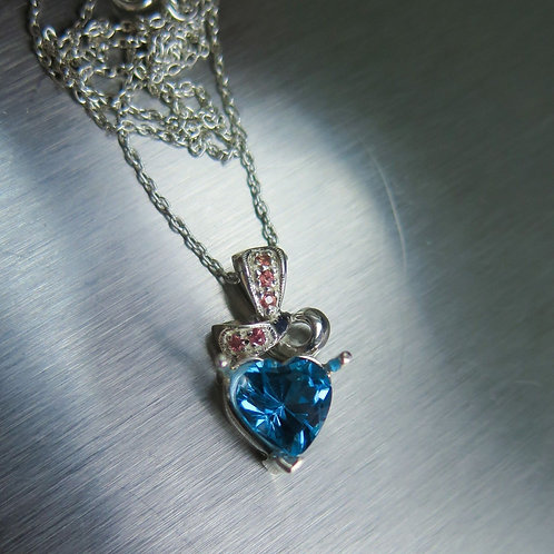 2.5ct Natural Swiss Blue Topaz Silver / Gold / Platinum heart pendant