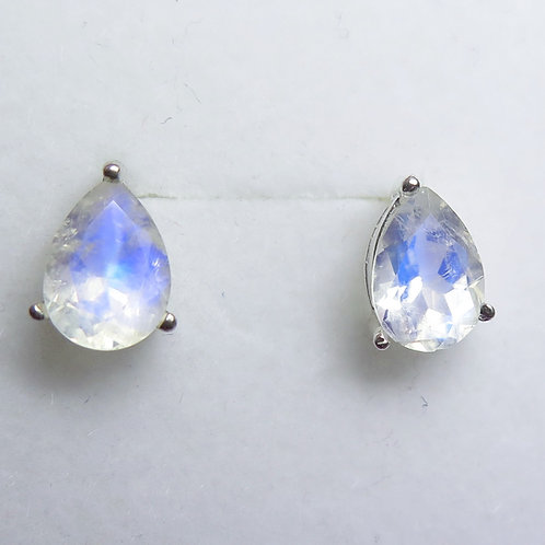 3.75ct Natural Rainbow Moonstone Silver /Gold stud earrings