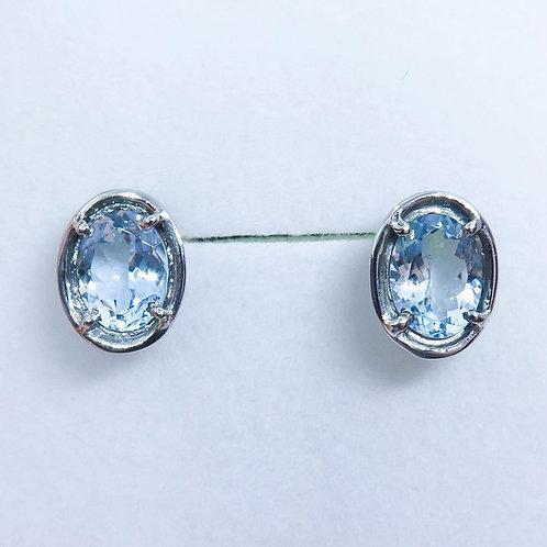 2.15cts Natural Light blue Aquamarine Silver /Gold / Platinum stud ear