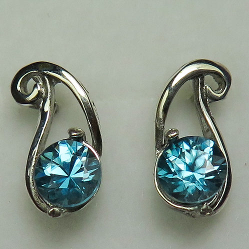 atural Paraiba Blue Zircon Silver /Gold / Platinum stud earrings