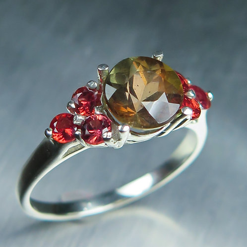1.45cts Natural Bi-colour Andalusite 925 Silver / Gold/ Platinum ring