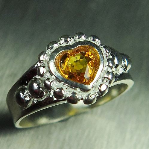 0.6ct Natural Yellow sapphire 925 Silver / Gold/ Platinum ring