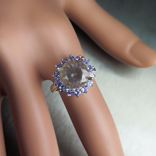 3.3cts Natural Purple Scapolite 925 Silver/ Gold/ Platinum ring