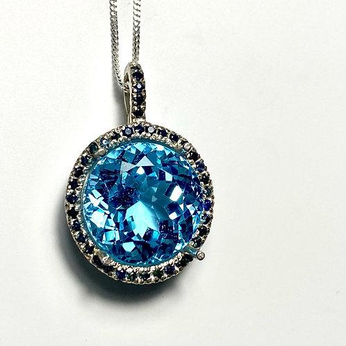 14.7ct Natural Swiss Blue Topaz Silver / Gold / Platinum pendant