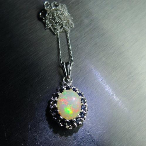 1.9ct Natural Rainbow Welo Opal Silver / Gold / Platinum pendant
