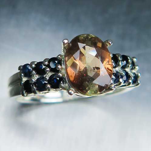 1.5cts Natural bi-colour Andalusite 925 Silver / Gold/ Platinum ring