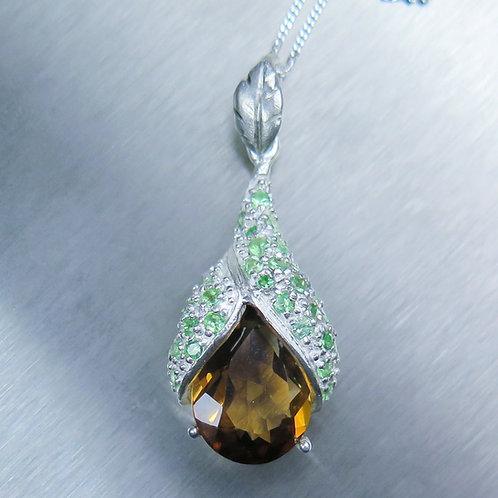 7.85ct Natural Imperial Topaz Silver / Gold / Platinum pendant on chain
