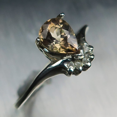 Natural colour change Axinite 925 Silver / Gold/ Platinum ring