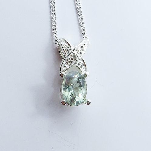 0.57ct Natural colour change Alexandrite 925 silver necklace, pendant