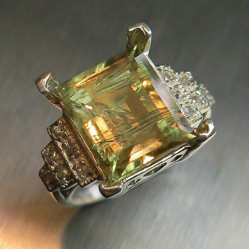 8.70cts Natural colour change Diaspores 925 Silver / Gold/ Platinum ring