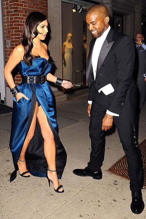 Worst Celebrity Wardrobe Malfunctions of 2014