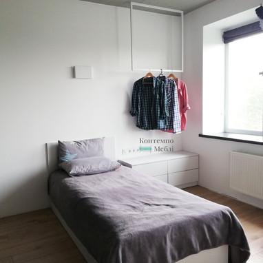 Меблі у спальну кімнату