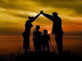 family-1466262_640.jpg