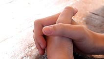 praying-614374_640_edited.jpg