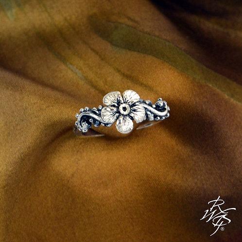"""Bergfrue"" Norway State Flower Inspired Ladies Ring"
