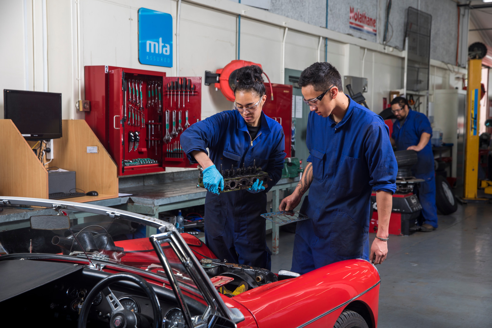 Automotive_032.jpg