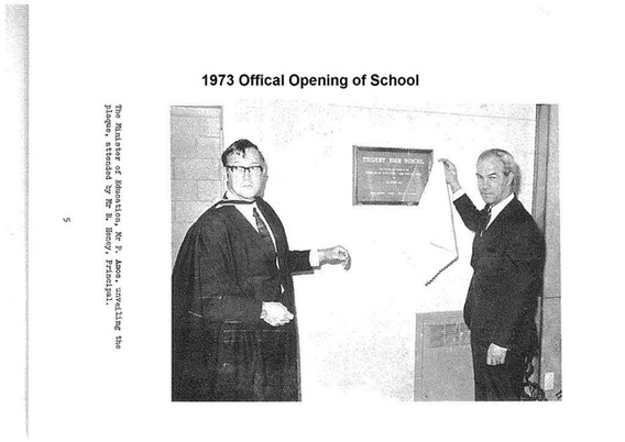 1973 Offical Opening of School.jpg