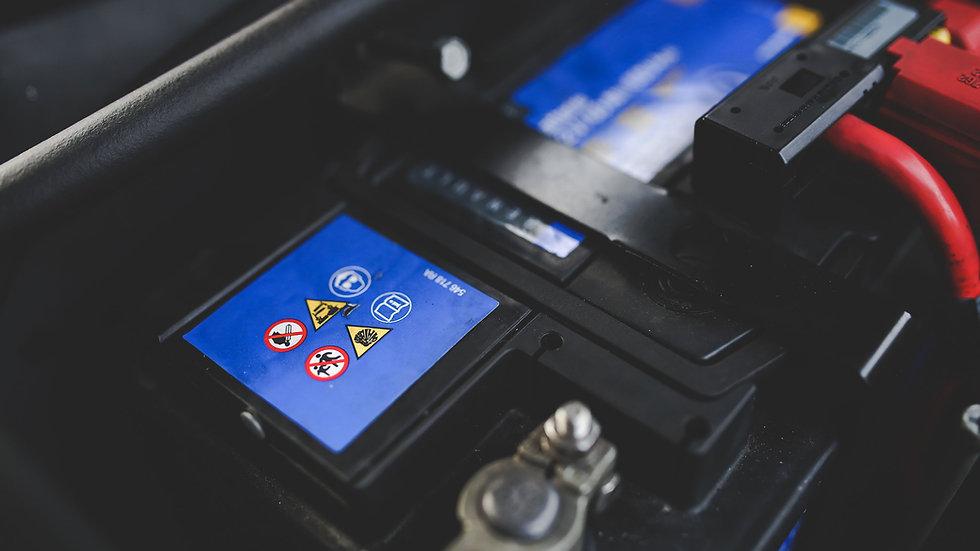 Anlernung der Codierung einer Audi Batterie