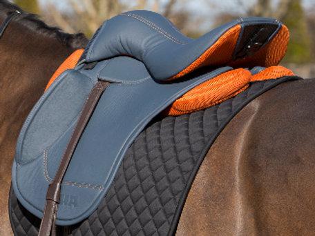 Dressage saddle set