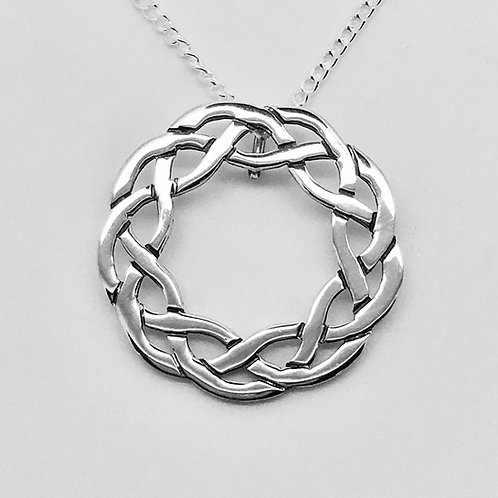 Sterling silver round Celtic pendant no 3