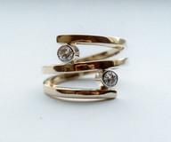 diamond set gold ring
