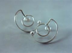 goldsmith earrings