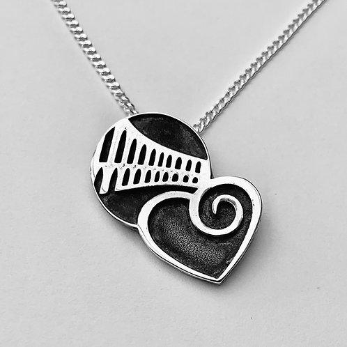 Silver love oban pendant