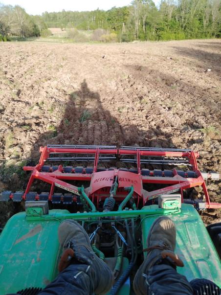 Nekas neapstājas - lauksaimnieku pirmajam kursam noslēgusies prakse