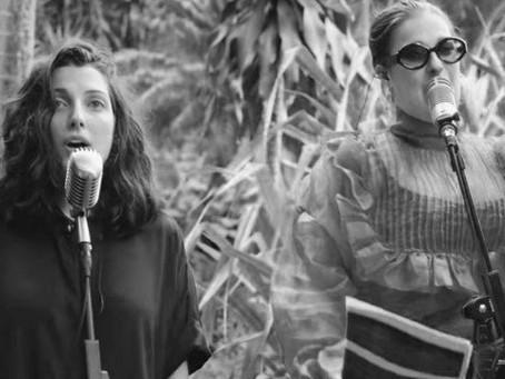 Clarice Falcão relança música com Alice Caymmi e canta romance lésbico: 'Versão sapatônica'