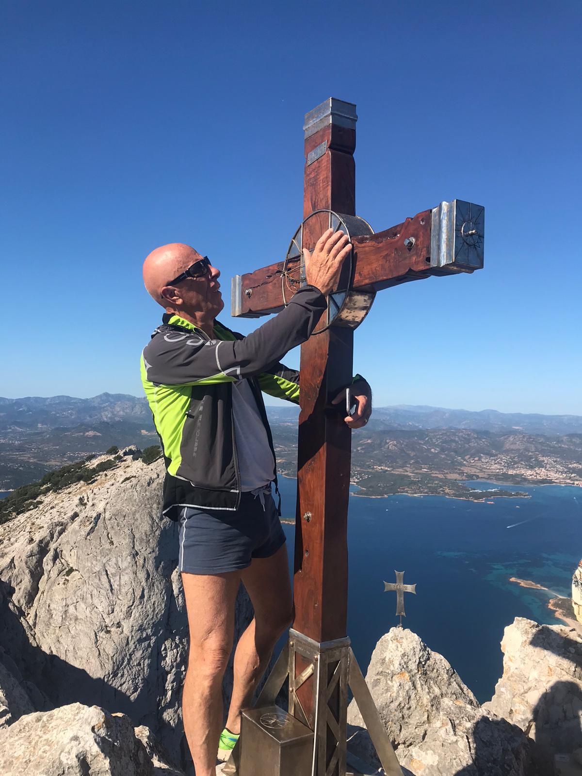 Sten con la croce di Tavolara