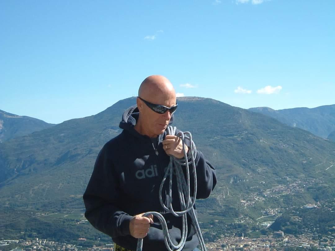 Giuliano in una delle sue arrampicate
