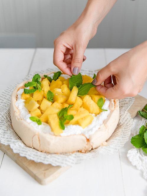 Suspiro simples, natas, ananás, lima e hortelã