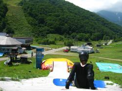 つつみ慶 夏山で空を飛ぶ!