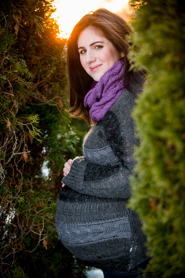 Claire-and-Matt-Maternity-with-Thomas-0103-980