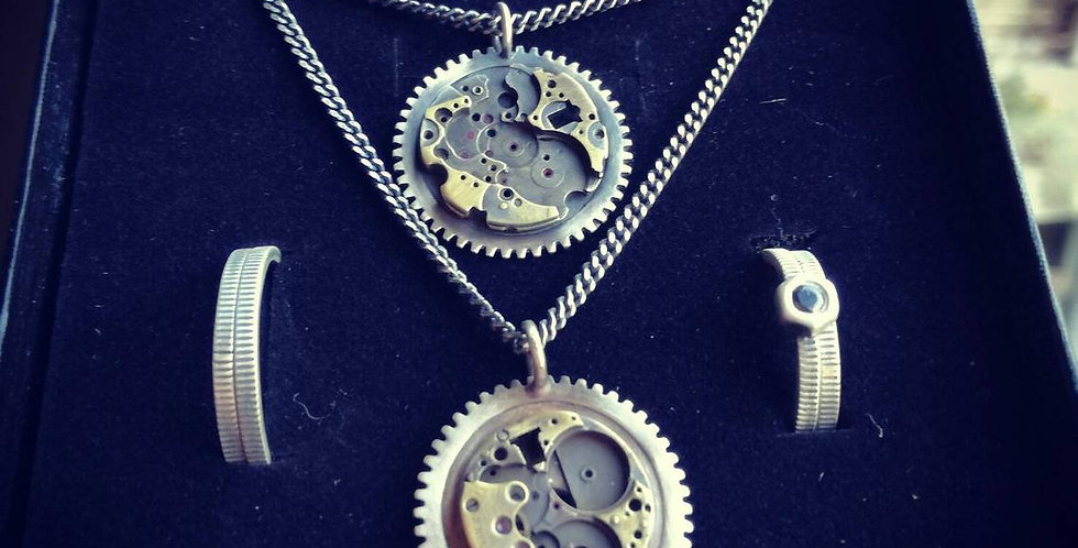 Piece of Time-GB-Steampunk-Moon-Time Rust-Carpe diem