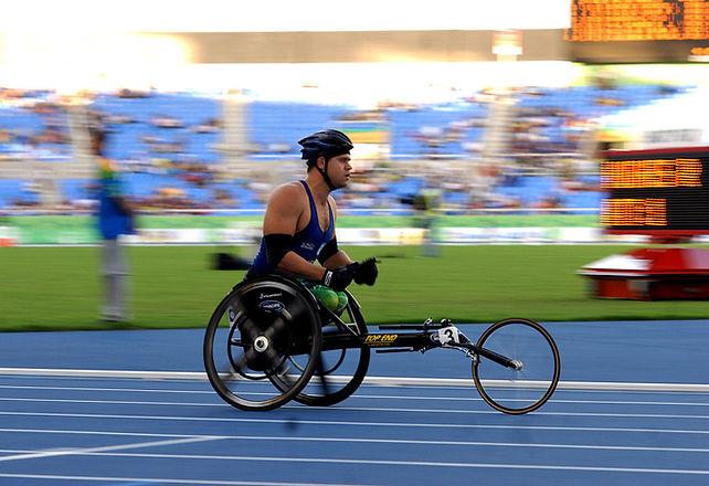 1200px-Wheelchair_Racing_Parapan_2007.jp