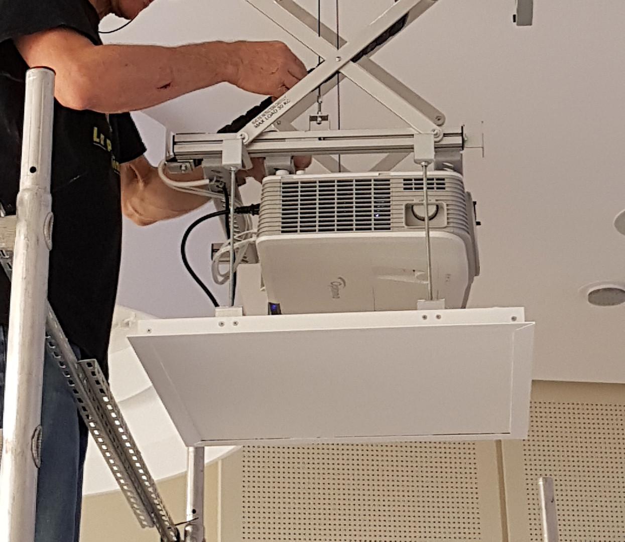 Videoprojecteur lift
