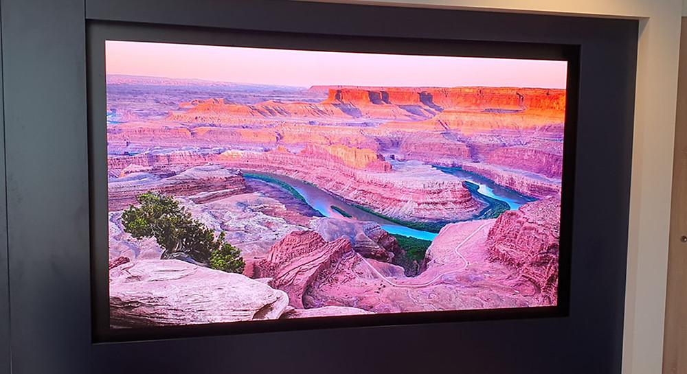 Ecran Samsung The Wall salle de réunion