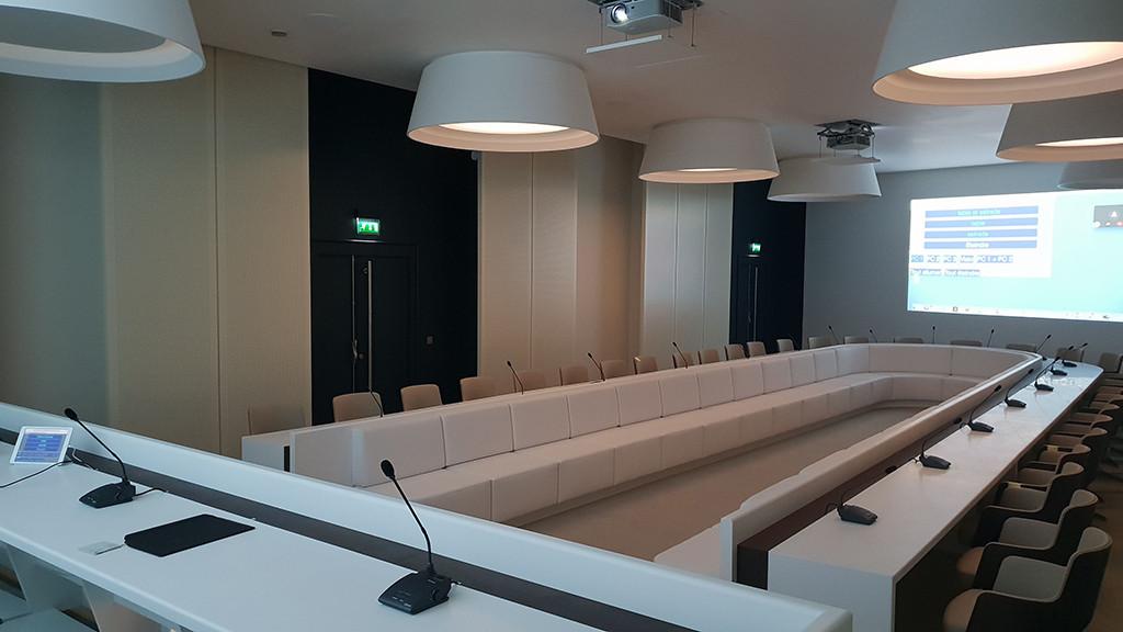 Installation salle de conseil