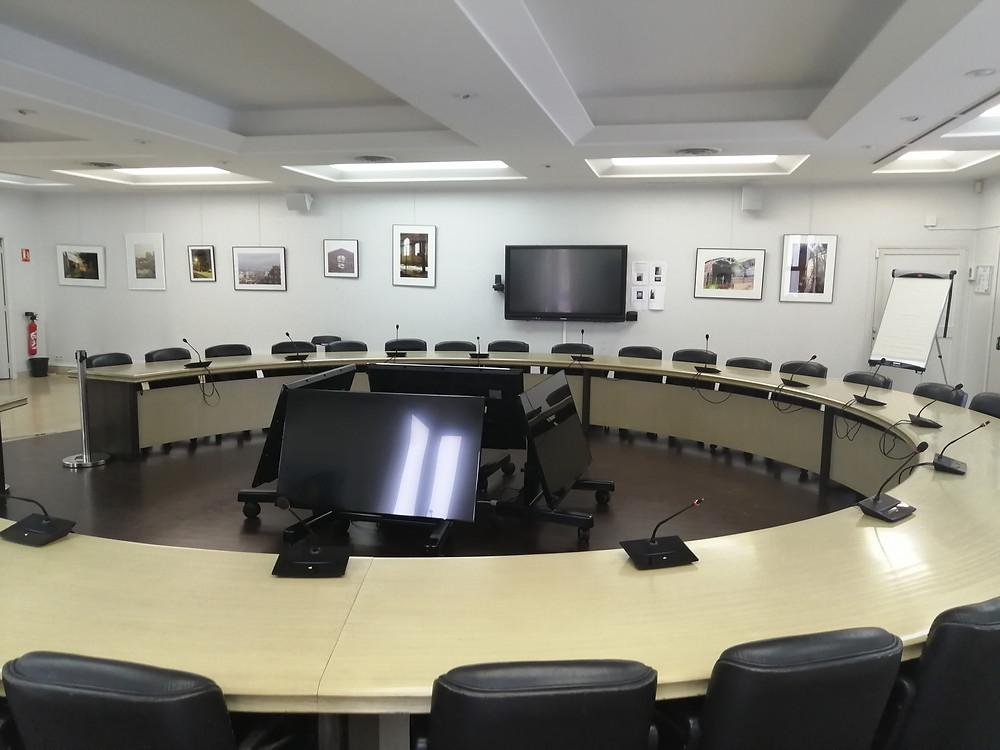 Microconférence en salle municipale