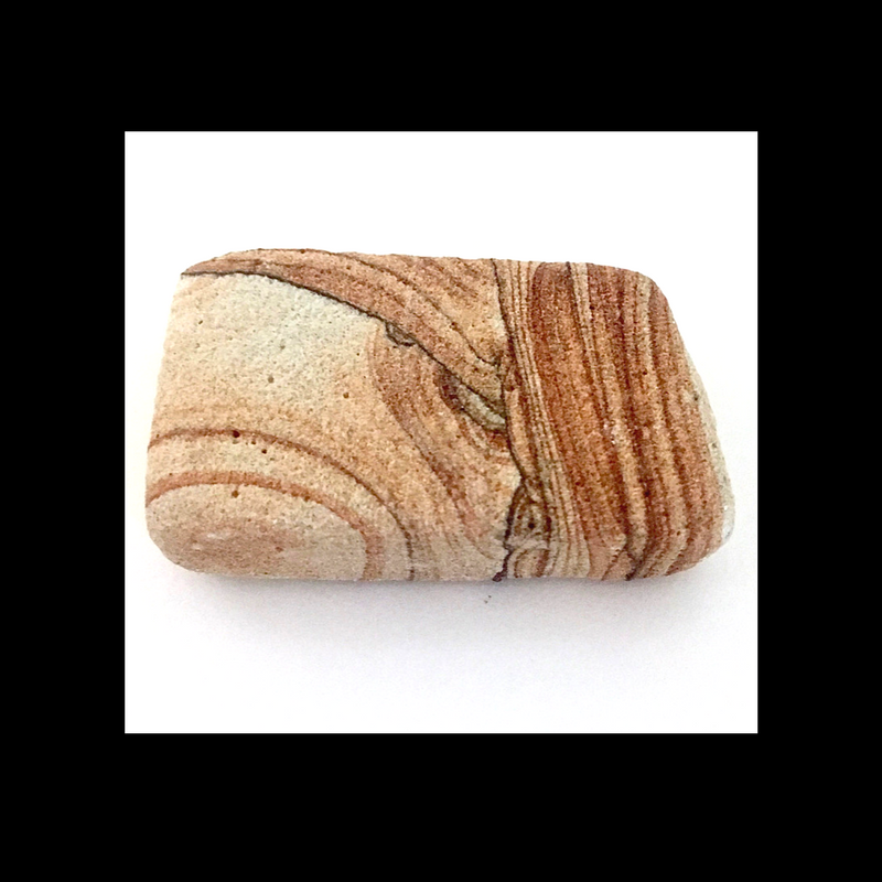 An image of Sandstone that demonstrates a dull luster