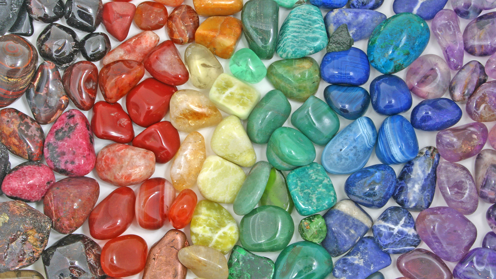 Healing Crystal Tumbled Stones in the colors of the 7 Chakras