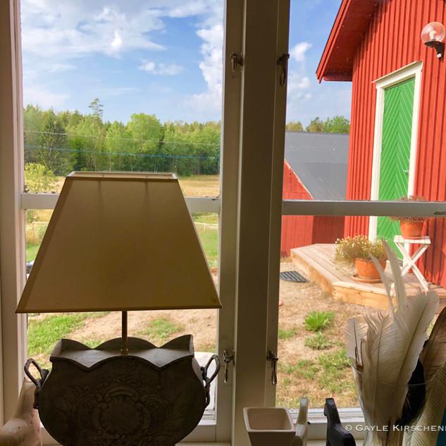 WindowSweden red.jpg