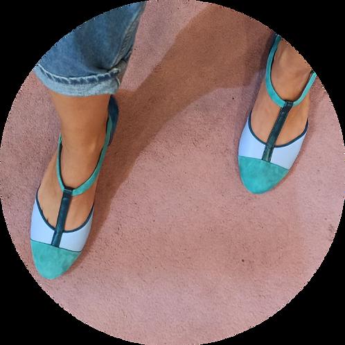 APRIL Turquoise Fresh