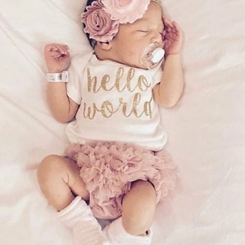 Hello World outfit 0-3m NEW