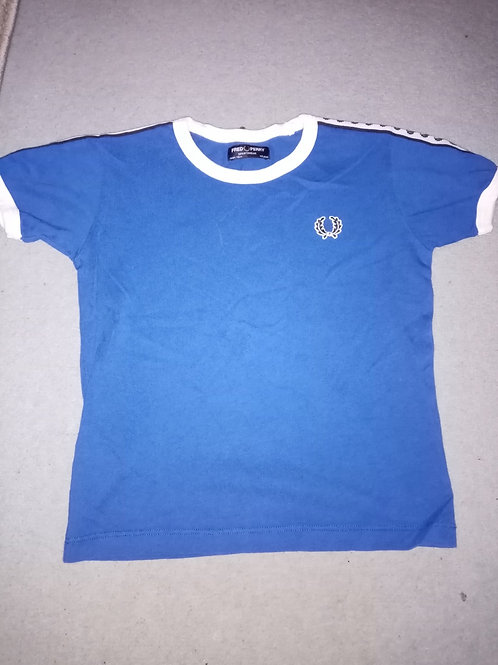 Fred perry tshirt Size 4-5